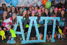 Alpha Delta Pi at University of Virginia #AlphaDeltaPi #ADPi #BidDay #neon #letters #balloons #sorority #UVA
