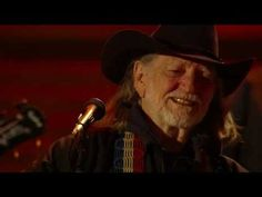 Willie Nelson - Mammas Don't Let Your Babies Grow Up to be Cowboys (Live at Farm Aid 25)