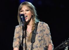 """Listen to Taylor Swift's New """"Eyes Open"""" Song From 'The Hunger Games' Soundtrack"""