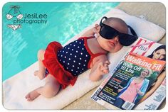 Summertime Baby Photo Pose How adorable is this little missy sprawled out by the pool? Fun summertime photo idea! Pinterest via Photos by Jesi