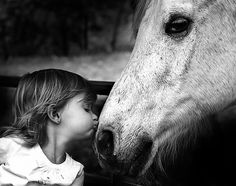 a kiss, little girls, equine therapy, anim, the kiss, horses, sweet kisses, friend, kid