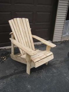 Made from recycled pallets