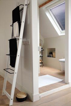Zolder  Dakramen  Daglichtsystemen on Pinterest  Attic Bathroom, A ...