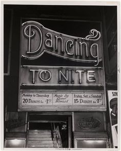 dancing typography #signage