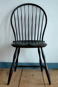 Bow back (?) Windsor chair