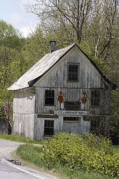 Abandoned country store in the mountains of North Carolina