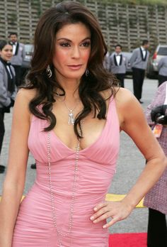 Teri Hatcher to Emcee 2012 NAB Show Opening Session