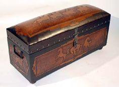 Possee Jumbo Trunk Bench Western Trunks