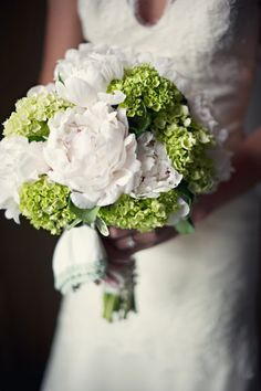 The Barns at Wesleyan Hills Wedding by Carla Ten Eyck Photograph via @Style Me Pretty #stylemepretty #laylagrayce #wedding #flowers