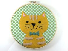 DIY Embroidered Felt Cat Hoop - FREE Pattern and Tutorial