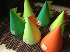 birthday parties, party hats, birthday hats, dinosaur party, dinosaur parti, dinosaur birthday, parti hat, dino hat, parti idea