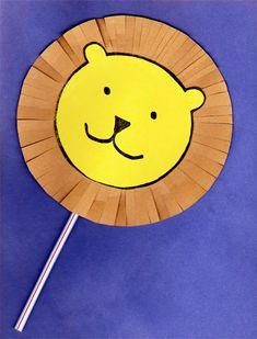 Ventall de lleó carnival preschool crafts, cricut lion, lion puppets, carnival crafts for preschool, lion craft, puppet craft