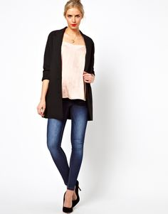 This black maternity jacket by asos would be a very versatile piece to add to your maternity wardrobe for fall. #maternity