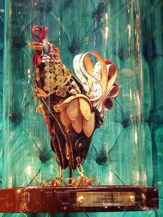 "Louis Vuitton ""The Collectors Windows"" 2011 spring, New York » Retail Design Blog"