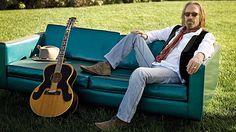 8 Ways Tom Petty Still Won't Back Down tom petty, lovetom petti, music video