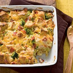 This ham and cheese strata #recipe for 6 would be perfect for #Easter brunch.