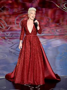 Pink in Elie Saab at the Oscars 2014
