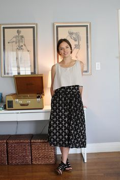 Cropped top with a printed skirt