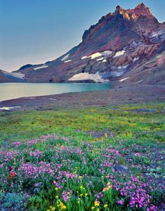 Broken Top near Bend, Oregon. Green lake, a great hike, so beautiful