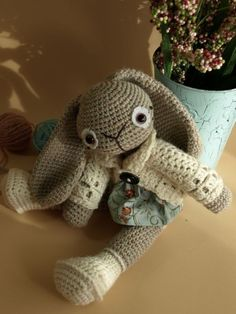 Beautiful amigurumi bunny pattern via etsy