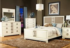 Bethany Place Ivory 5 Pc Queen Bedroom at Rooms To Go.