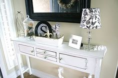 looks similar to my living room decor... sofa tables, entry tables, decorating blogs, entri tabl, decorating ideas, hall tables, hous, decor idea, console tables