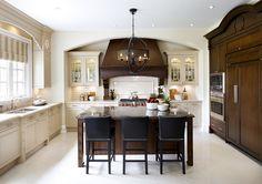 Kitchen. Transitional Kitchen Design. Kitchen with X mullion design. #Kitchen #KitchenDesign #TransitionalKItchen #XMullion Designed by Jane Lockhar.