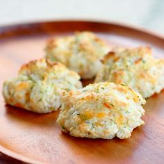 Zucchini Cheddar Bay Biscuits - a great way to use up that extra zucchini.