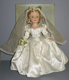 RARE Madame Alexander Margaret Face Bride Doll `