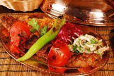 Pentru a beneficia de discountul de 30% la intreaga nota de plata indiferent de numarul de persoane la restaurantul Capri, intrati pe http://www.ascento.ro/restaurant-capri pentru detalii.
