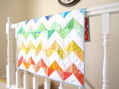 love this zig zag quilt!