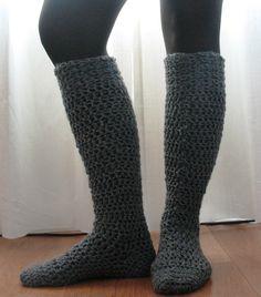 kneehigh boot, ball, knee high boots, knee highs, crochet patterns, yarn, knee high socks, boot socks, crochet socks