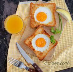 Egg-in-bread Breakfast