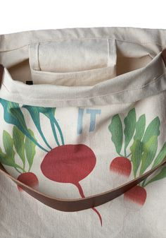 Sunday Market Tote in Beets