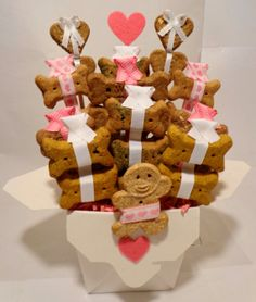 Valentines Day dog biscuit treat basket by PetibleCreations, $25.00