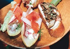 Endive Spears with Smoked Salmon, Horseradish Cream, and Dill