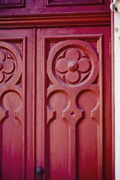 Red door in Savannah