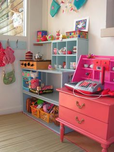 love the bright colors in this toy room