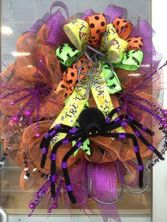 Spider Halloween Wreath | No Link But great inspiration