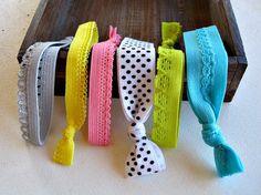 Icing Sugar Elastic Hair Ties in Polka Dots Lace