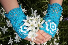 turquoise hand crochet fingerless gloves