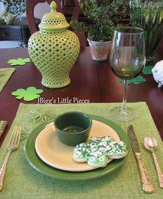 JBigg's Little Pieces: St. Patrick's Day Tablescape  http://jbiggslittlepieces.blogspot.com/2013/03/st-patricks-day-tablescape.html