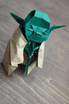 Origami Yoda.. instructions, you will not find... #starwars