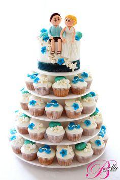 Shell & Jandal wedding cupcake tower shell, cooki cake, wedding cupcakes, cupcak tower, bella cupcak, beach weddings, cupcak cooki, summer weddings, cupcake towers