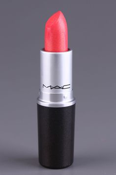 MAC Lustre Lipstick In Lipblossum - Pow!