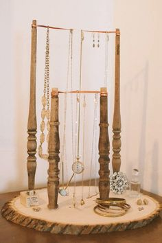 DIY  Jewelry Stand @KD Eustaquio Olmos this would be kinda' perfect for Maddi, looks like the bars in gymnastics!