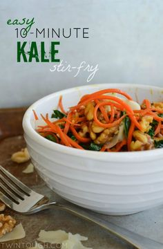 Healthy and delicious! Easy, 10-Minute Kale Stir Fry | twintough.com #stirfry #kale