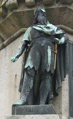 William the Conqueror | Falaise - Statue of William the Conqueror, Rollo | Flickr - Photo ...