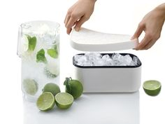 Lekue Ice Box // Make your ice in advance - it holds up to 132 cubes!