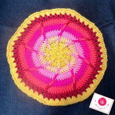 Sun wheel mandala - free crochet pattern